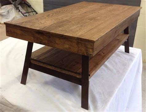 Coffee Table Legs Metal Diy Pallet Recycled Coffee Table With Steel Legs 101 Pallets