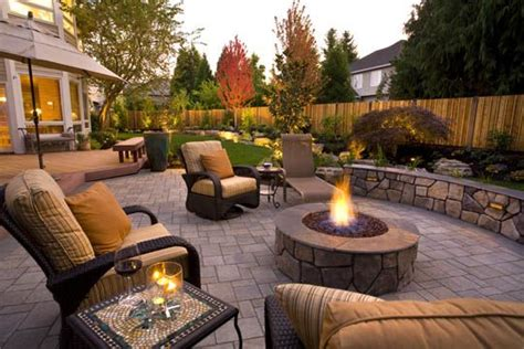 great patios courtyards and outdoor livingrooms paver