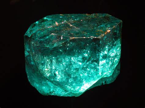 Emeral Grend gachal 225 emerald