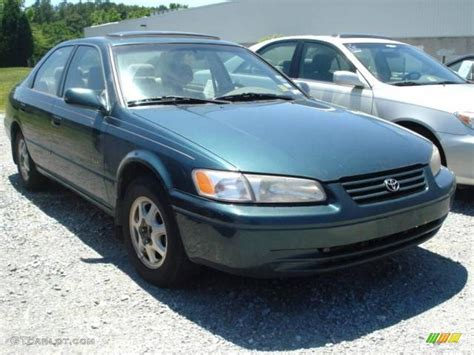 Toyota Camry Green Color 1998 Toyota Camry Green 200 Interior And Exterior Images