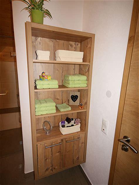 badezimmer regal altholz altholz b 228 der altholz bad und badm 246 bel als wellnessoase