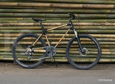 Lu Gantung Dari Bambu kring kring sepedaku terbuat dari bambu