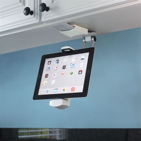 Under Cabinet Kitchen Radio the under cabinet ipad dock hammacher schlemmer