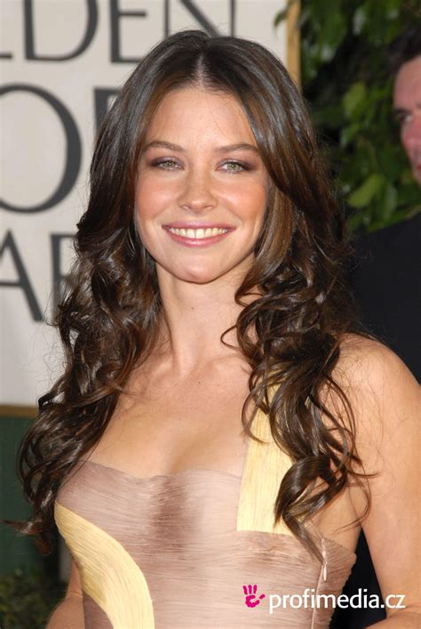 Evangeline Lilly Tries To Look Angry by Evangeline Lilly Hairstyle Easyhairstyler