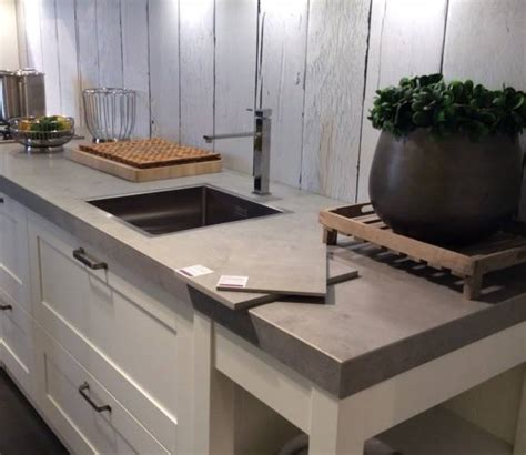 landelijke keuken elephant nieuw keramisch keukenblad in de afwerking beton