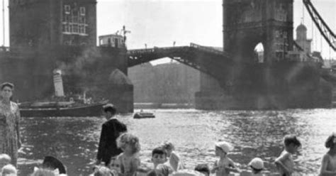 thames river great britain 1950s historical timeskids swimming in the thames river at a