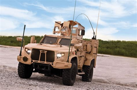 oshkosh jltv engine oshkosh wins u s army contract for joint light tactical