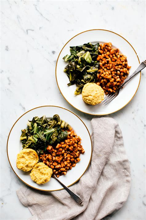 southern new year s day dinner skillet family food on collard greens new years 28 images southern new year s