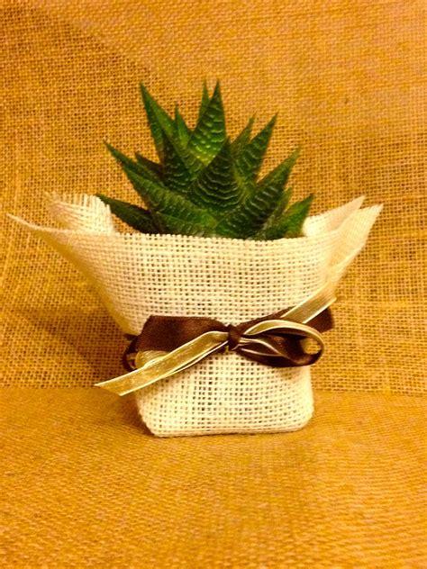 decorar macetas con arpillera maceta de 7 cm presentada en tela arpillera yute de