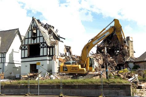 Demolition Grange by Grange Hotel Rhyl Was Hit By And After Partial