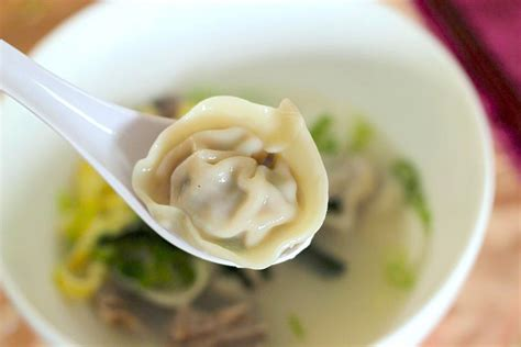 why dumplings as part of the new year dinner is so important korean rice cake soup with dumplings 떡만두국