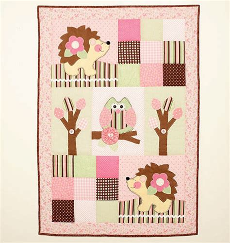 new mccalls craft pattern m6721 quilt and pillows by