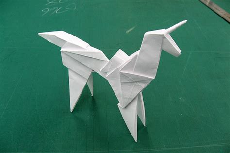 How To Make An Origami Unicorn - easy origami unicorn comot