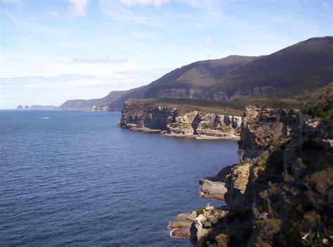 Coastal Kitchen - file coastal cliffs tasman peninsula jpg wikimedia commons