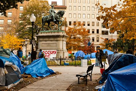 Dc Apartments Mcpherson Square Occupy Dc S Thriving Mini City Zdnet