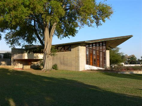frank lloyd wright style architecture the magnificent frank lloyd wright designs midcityeast
