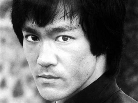 short biography bruce lee taming the little dragon symbolic politics and the
