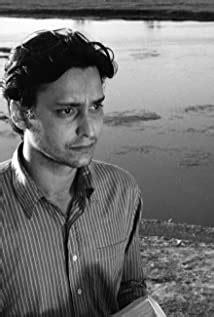 Soumitra Chatterjee - IMDb