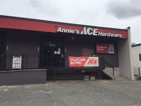 ace hardware queens annie s ace hardware opens second store today popville