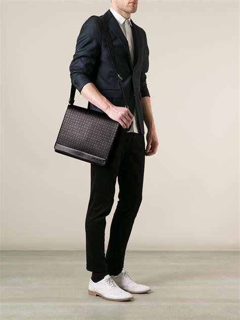 Salvatore Ferrragamo Bag W2498 lyst ferragamo messenger bag in black for