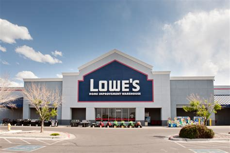 lowe s home center operating a home center warehouse