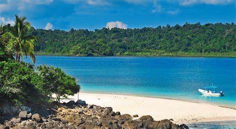 au panamá, une île pour robinsons