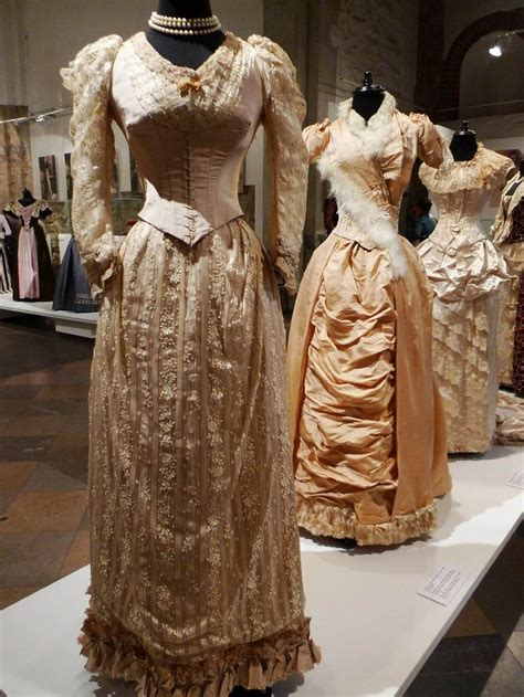 victorian era 1000 images about victorian edwardian era dresses and