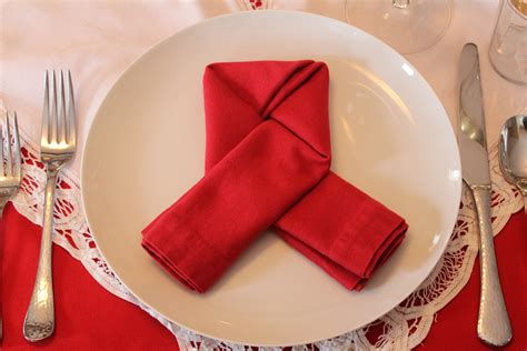 Dining Table Napkin Folding Dining Table Napkin Folding Choice Image Dining Table Ideas