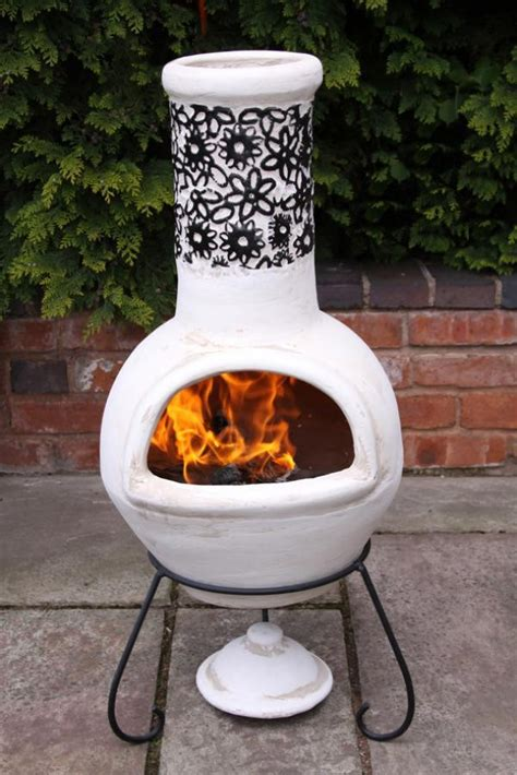 chiminea clay our review of the best 2 clay chimineas