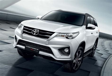 Fortuner Time F010 Black Leather List White 2016 toyota fortuner trd sportivo unveiled ibtimes india