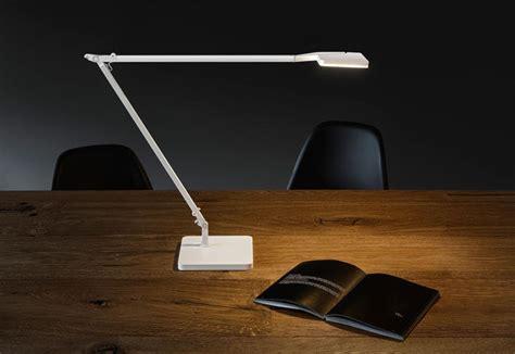 illuminazione scrivania illuminare la scrivania casadelleladine