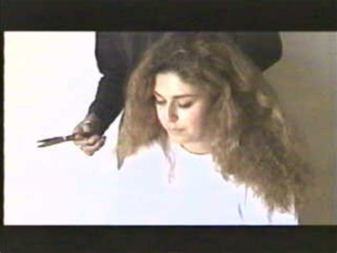 women get punishment haircut video this inmate was behaving badly so the warden had to give