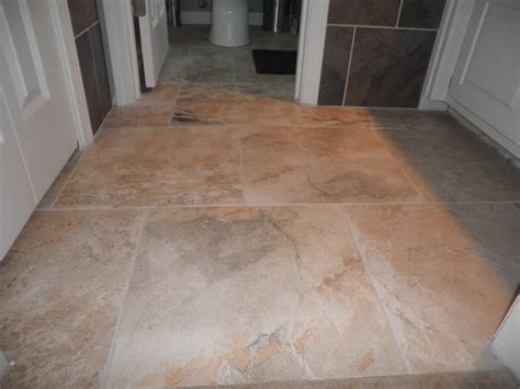 does carpet make room smaller do you how large tiles will look in a small room see for yourself tiling 101