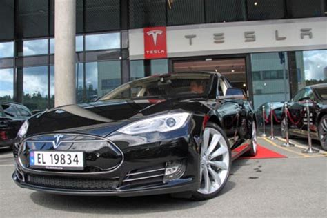 Tesla Motors Norge Tesla Settles Lawsuit Regarding Car S Performance