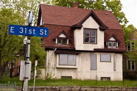 rehab addict houses nicole curtis rehab addict dollar house before ariel