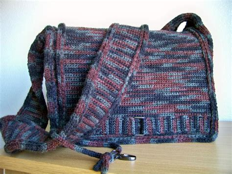 free pattern crochet laptop bag crochet bag pattern crochet pattern crochet messenger bag