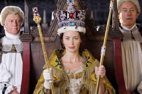 film su queen victoria la reina victoria con emily blunt