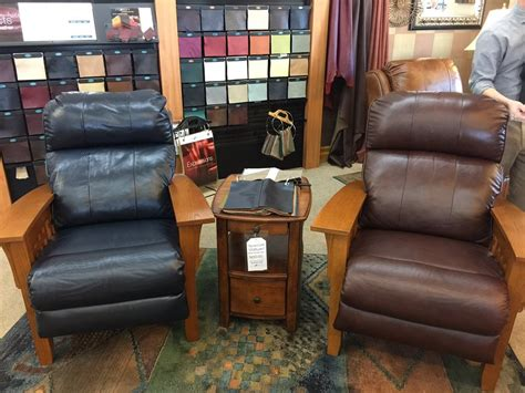 Recliner City Reviews by La Z Boy Furniture Galleries 13 Photos 50 Reviews