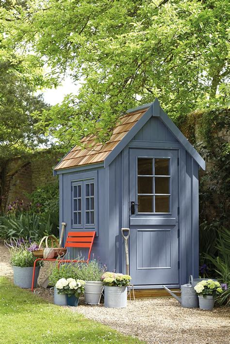 What Colour To Paint Shed by 25 Best Ideas About Painted Shed On Shed