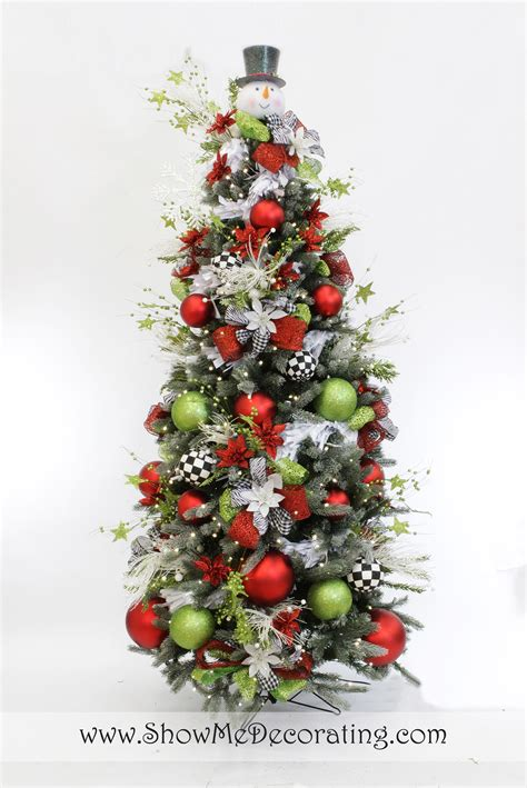 show me decorating 2013 christmas tree themes inspiration
