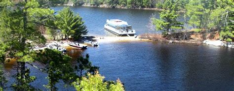houseboat rentals northern minnesota open august 3rd sun cruiser deluxe on crane lake