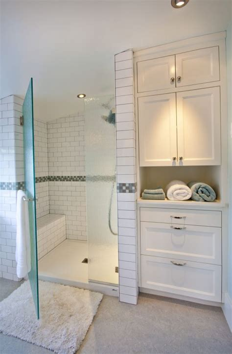 Bathroom Built In Storage Ideas by Best 25 Bathroom Storage Cabinets Ideas On