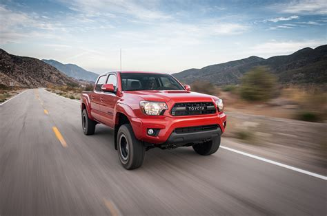 nissan tacoma 2015 toyota tacoma trd pro front three quarter in motion
