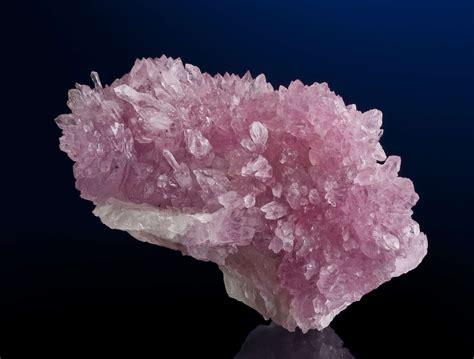 rose quartz l le quartz rose et ses pouvoirs comprendre la lithoth 233 rapie
