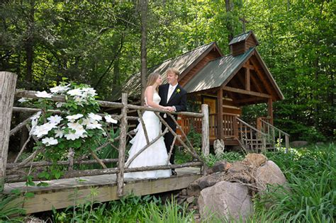 Pigeon Forge wedding chapel   Smoky Mountain Weddings