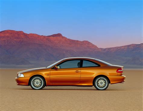 how do cars engines work 1998 volvo c70 free book repair manuals volvo c70 celebrates 20th birthday still looks sleek