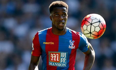 arsenal zaha arsenal want to agree deal for 163 110 000 a week rated star