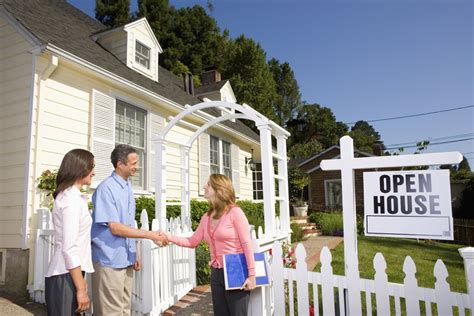 open houses one sided benefits for agents