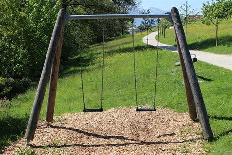 swing schaukel kostenloses foto kettenschaukel schaukel schaukeln