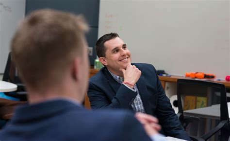 Carlson Mba Program by 4 Veterans Transition From Carlson Mba Program To